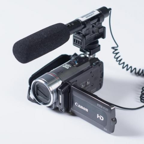 Canon HF200 Videocamera
